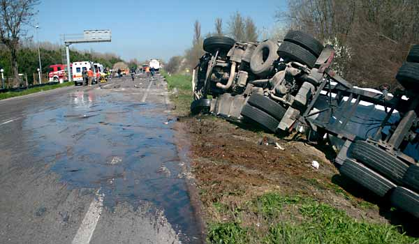 Truck Accident Injury Lawyer
